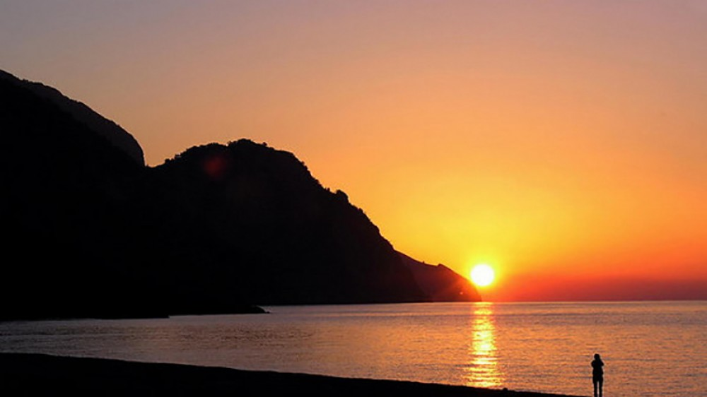 Sunrise in Sougia