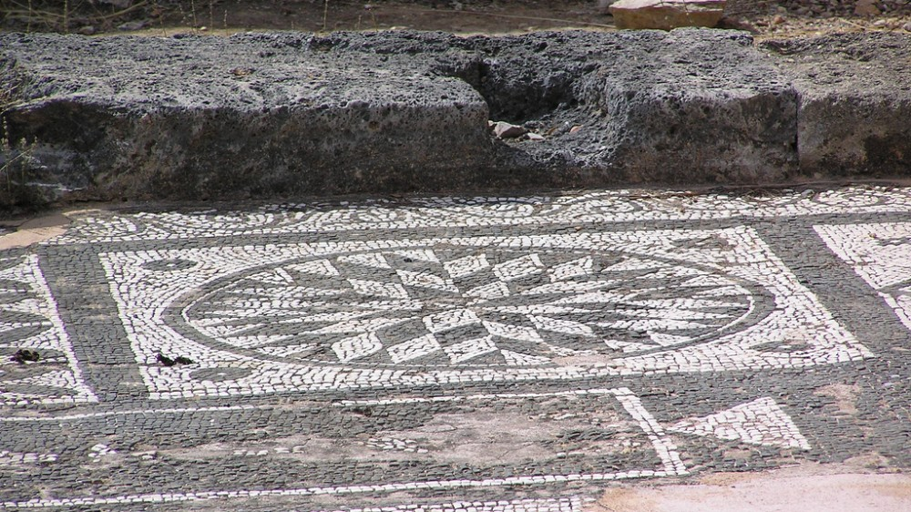 Lissos - Temple of Asklepios mosaik